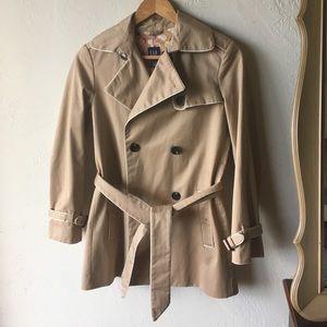 Gap khaki trench coats worn white trim